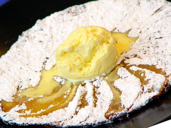 Oblea de manzana con helado de Vainilla